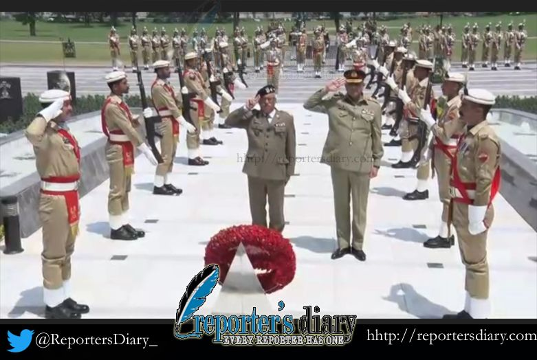 Commander of the Polish Land Force laid floral wreath at Yadgar-e-Shuhada