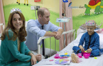 William and  Kate SKMCH Lahore - 09.jpg